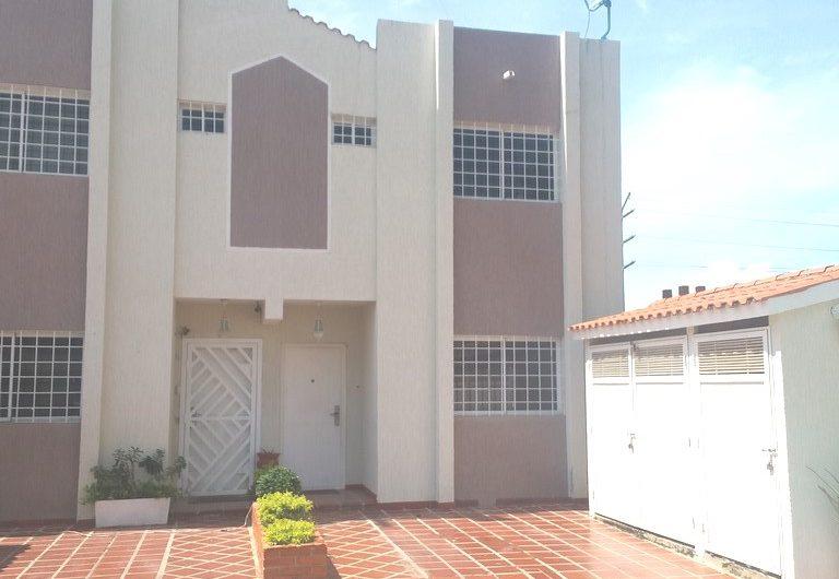 Town House en Carretera L – Ciudad Ojeda