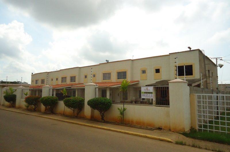 Town House en Sector Simón Bolívar – Ciudad Ojeda