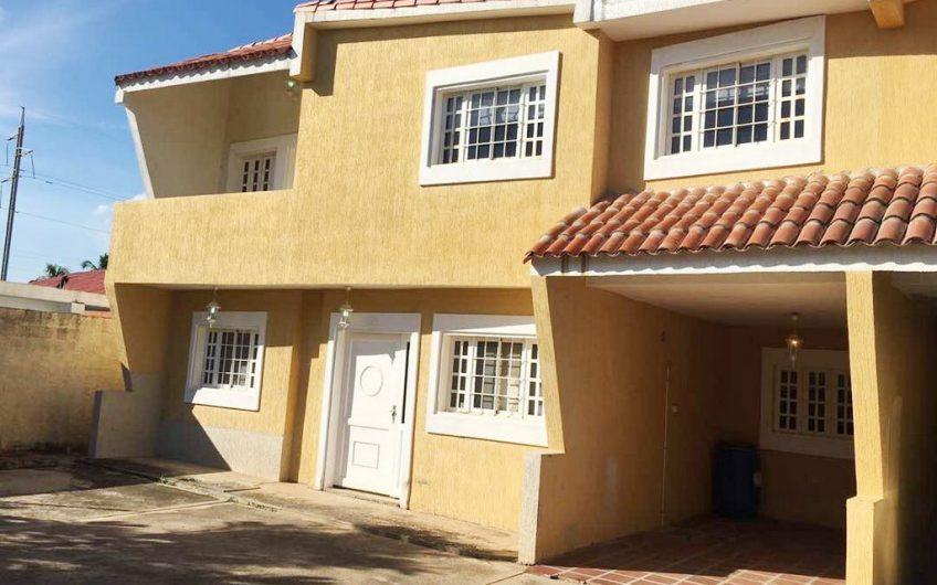 Town House  en Res.  Maria Victoria – Ciudad Ojeda